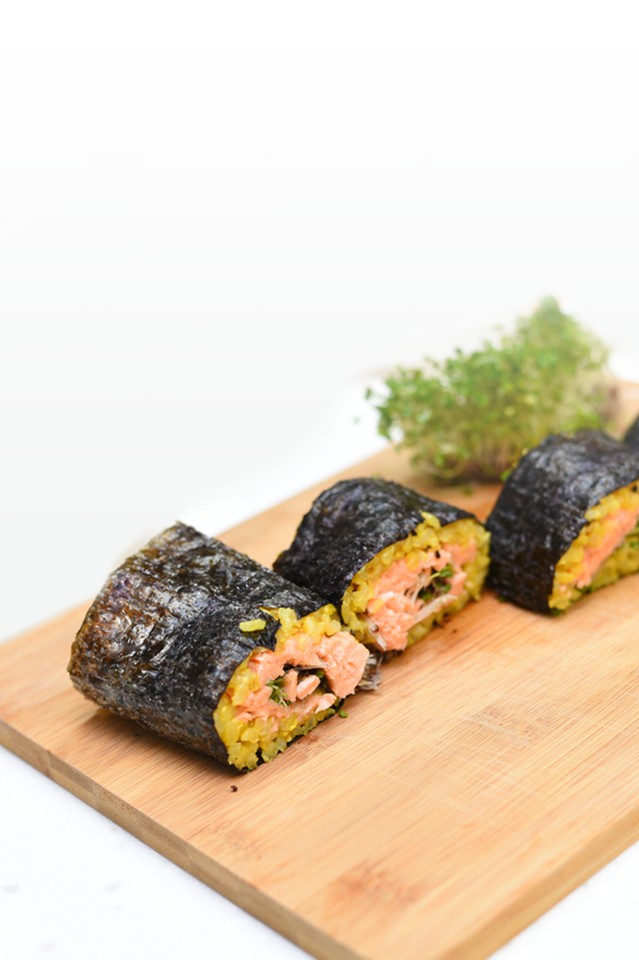 Sprouts Salmon Sushi Roll