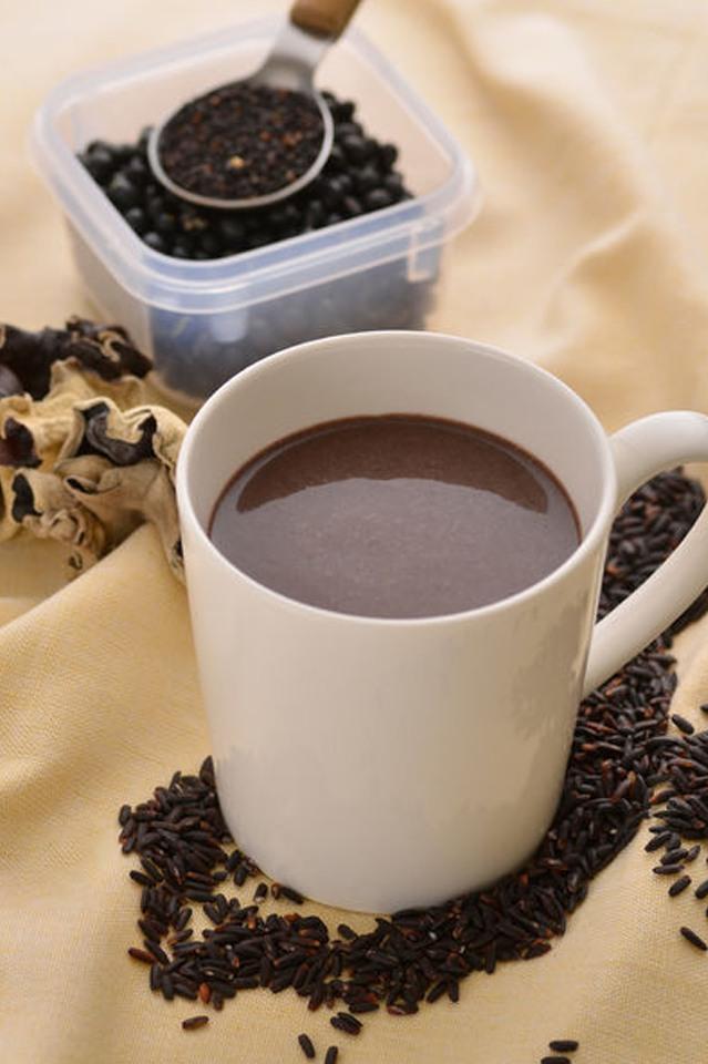 黑五寶奶漿|益腎、抗衰老、防便秘、預防大腸癌