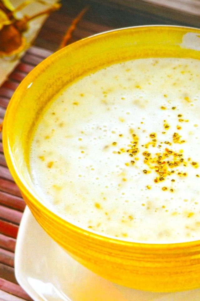 巧達濃湯-洋菇增加多醣體、馬鈴薯補充維生素C等等微量元素。