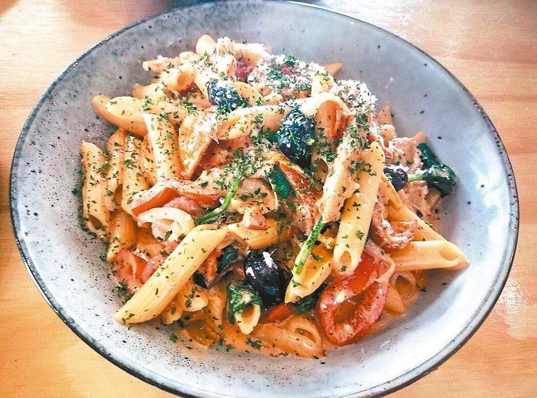 白醬培根義大利麵